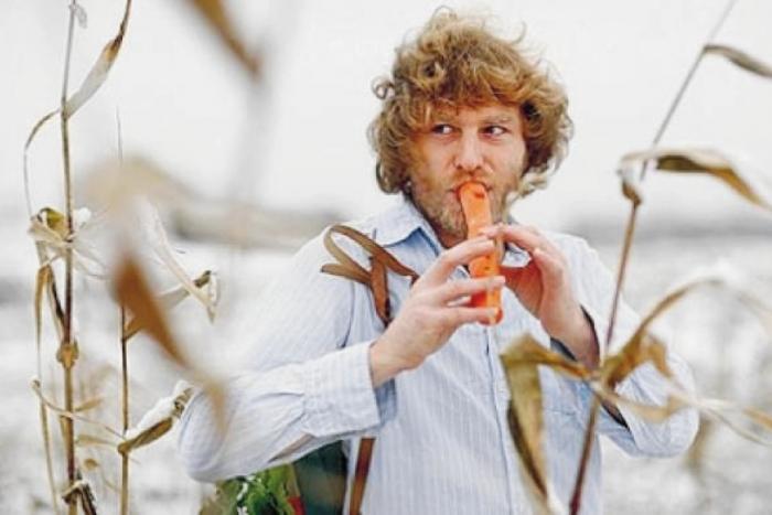 FESTIVAL  NOURRIR LIÈGE 2019: Evolplay: Eric Van osselaer présente l'Orgabits.  Lutherie et musique sur fruits et légumes frais.  ATELIER